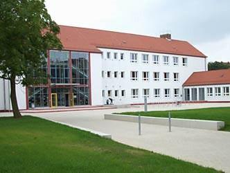 Grundschule Seeblick mit Hort